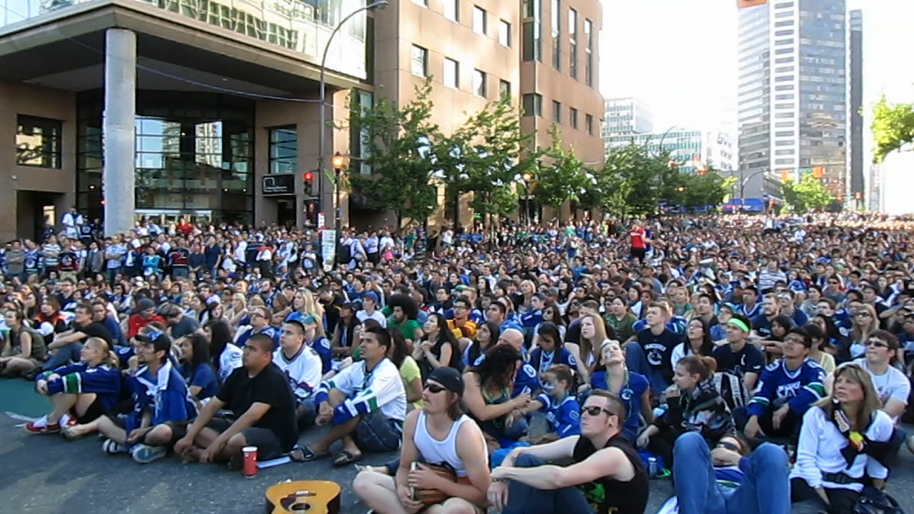 Game-3-at-the-Downtown-Fan-Zone.jpeg