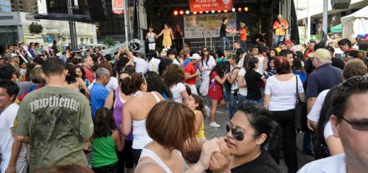 Latincouver Carnaval del Sol 2011