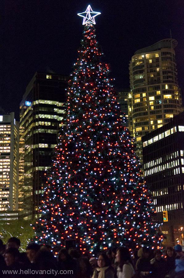 Rick Hansen Lights The Vancouver 50 Foot Christmas Tree At The Jack Poole  Plaza At