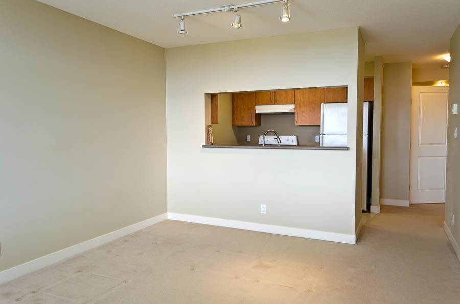 #2206 - 5380 Oben Street, Vancouver, BC (URBA Condo) - 1 Bedroom + Den