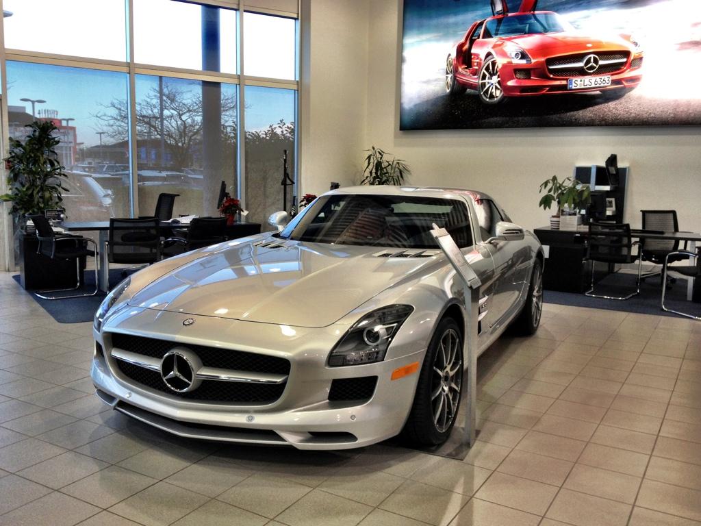 Mercedes Benz Richmond >> Christmas Shopping At Mercedes Benz Richmond