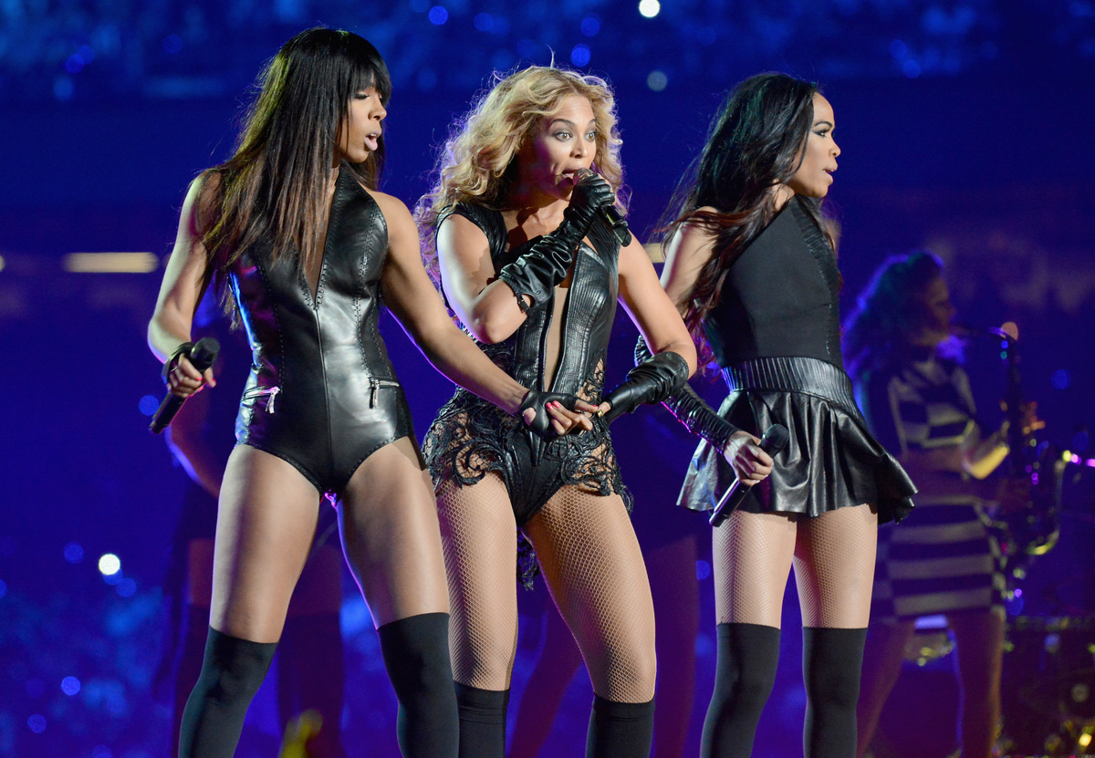 Beyoncé Reunites With Destiny's Child For Super Bowl Halftime Show, Wears RubinSinger