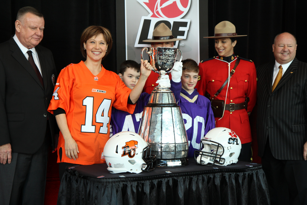 CFL officially awards 2014 Grey Cup to Vancouver