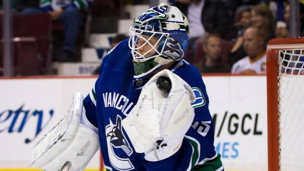 Cory Schneider perfect in Vancouver Canucks 4 - 0 win over Edmonton Oilers