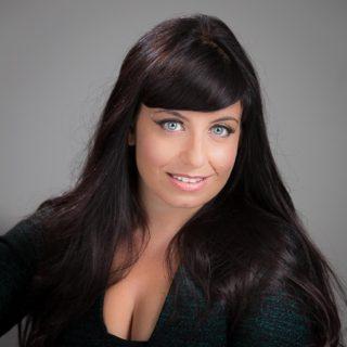 Galya Westler Talks About Social Media Obesity at TEDxStanleyPark