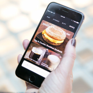 Starbucks Mobile Order and Pay Arrives in all B.C. locations on March 15th