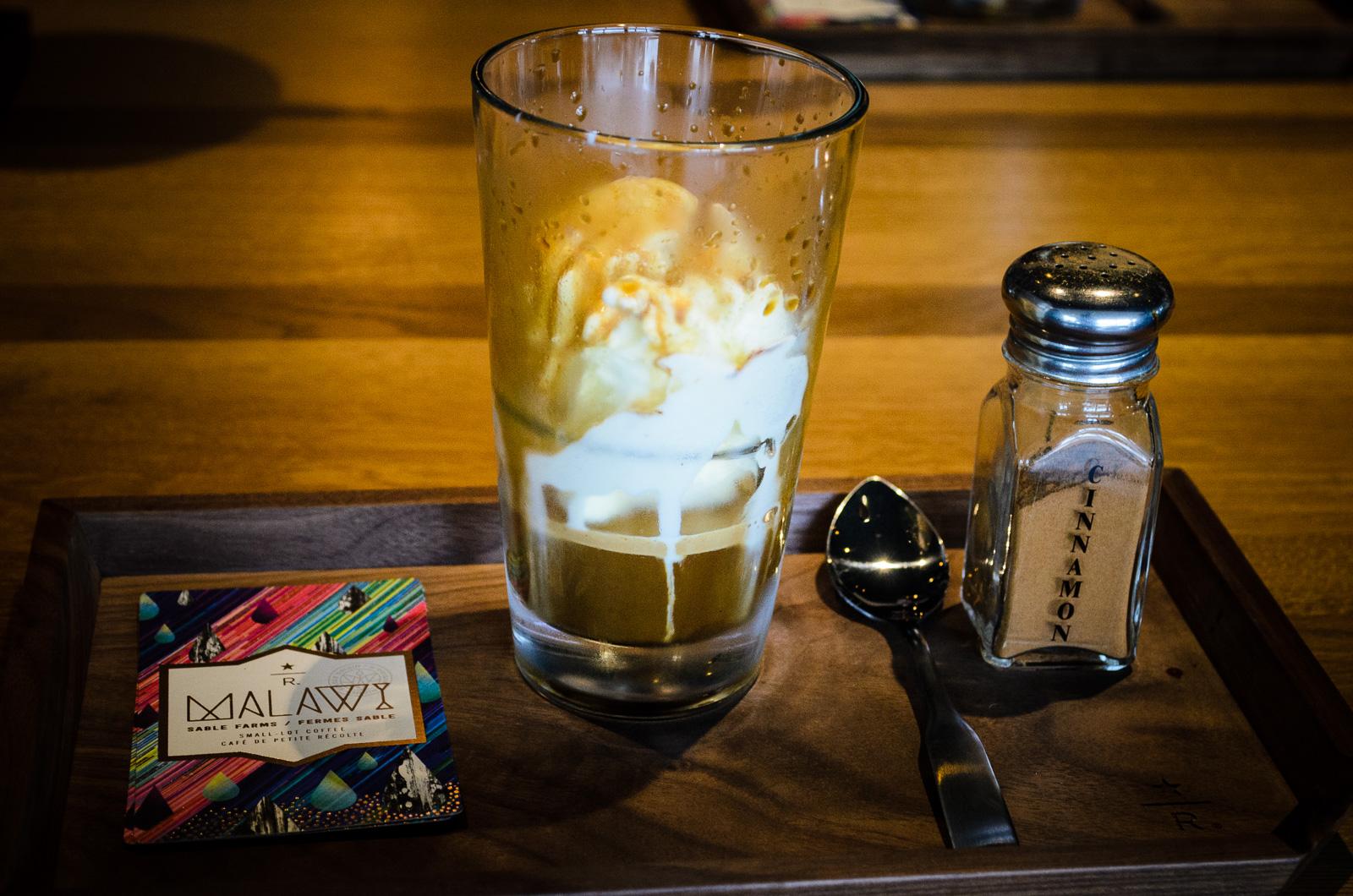 Starbucks reserve coffee bar vancouver 6 hello vancity for Bar food vancouver